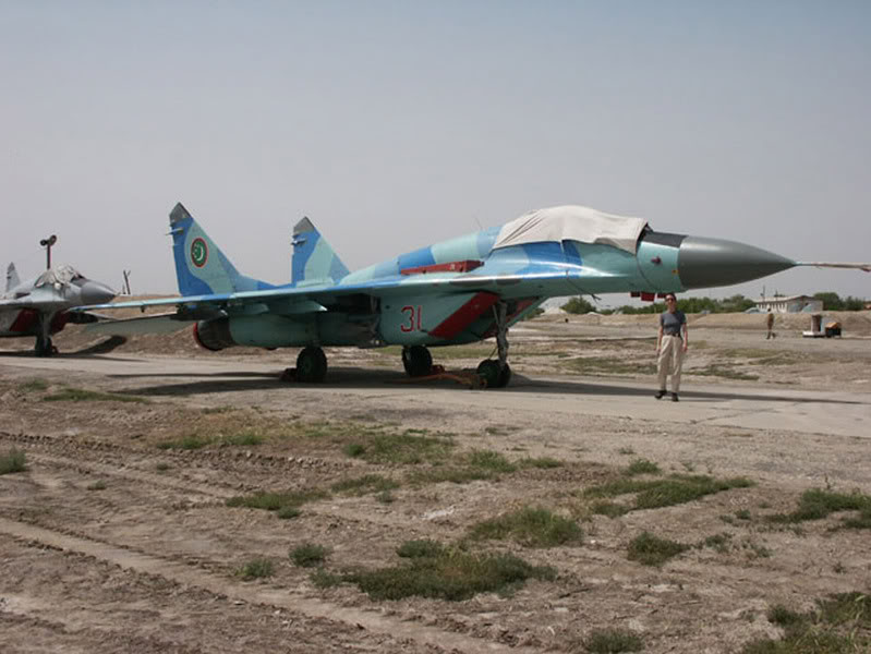 1313424924_MiG-29S_Fulcrum-C-turkmenistan