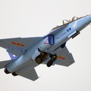 Украина хочет купить китайские самолеты L-15