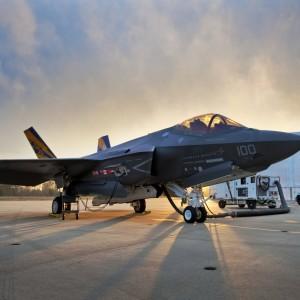 В Пентагоне показали испытания нового истребителя F-35