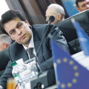Украина не успевает утилизировать боеприпасы
