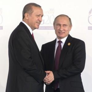 Как вытащить «турецкий нож» из спины?