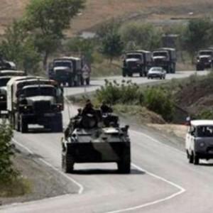 Россия стягивает к турецко-армянской границе тысячи солдат и бронетехнику