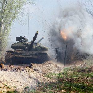 Украинская армия должна наступать - это наш шанс