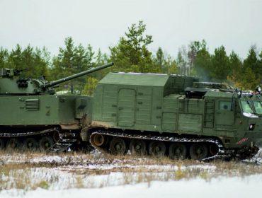 Заместителю министра обороны РФ Алексею Криворучко продемонстрировали новые комплексы вооружения